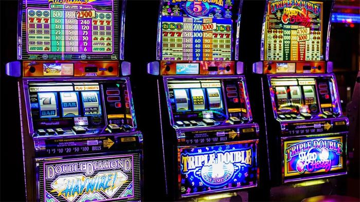 Автоматы с моментальным выводом денег