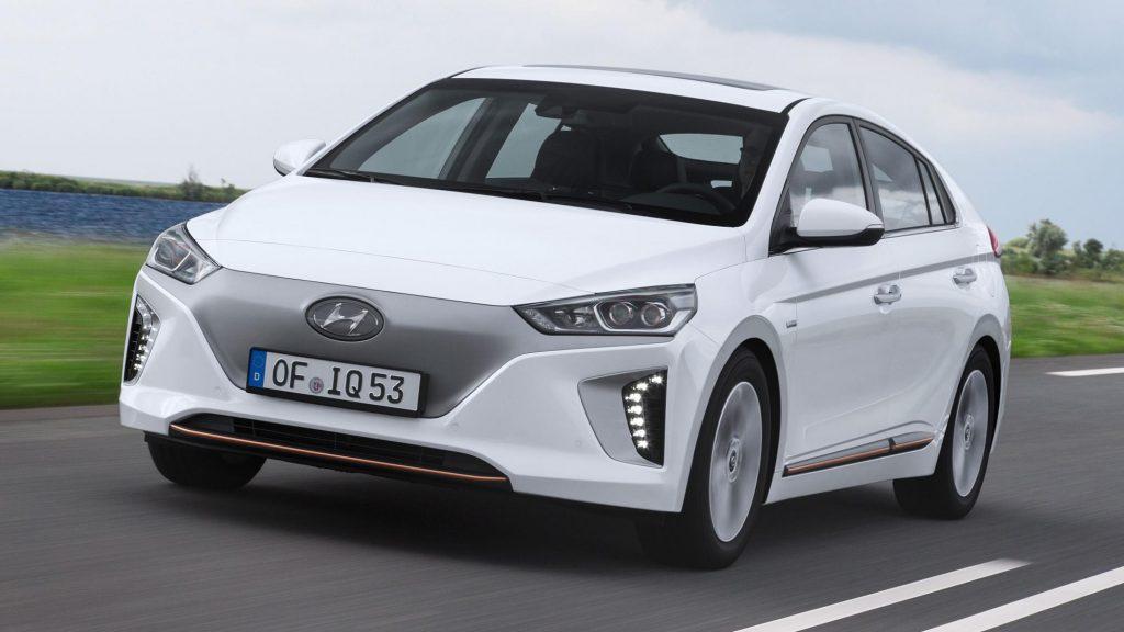 Hyundai Ioniq Electric белый